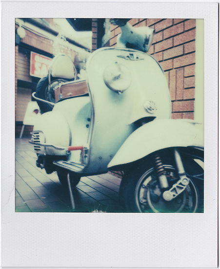 Retro Scooter Polaroid SX-70