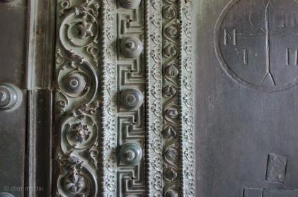 Door moulding detail