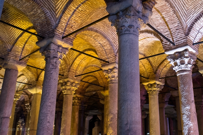 Rows of columns as such Roman glory.