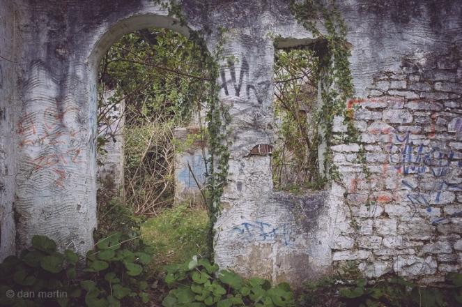 In Ruins 4