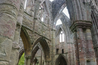 Tintern Abbey-7.jpg